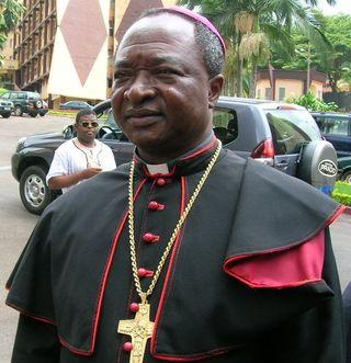 Mgr Atanga_president de la CENC