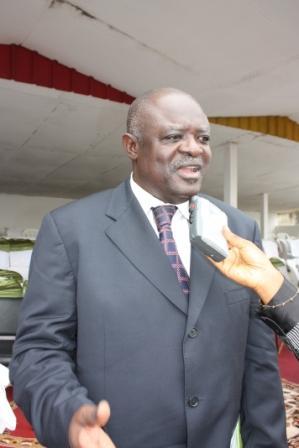 Dr. Basile Kolo
