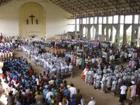 Congregation Mamfe Cathedrale