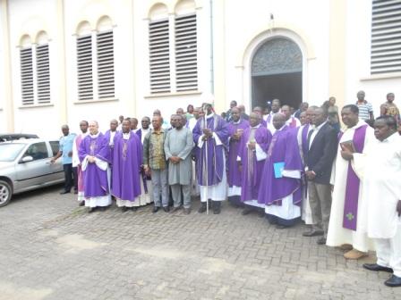 Bishops Douala (web)