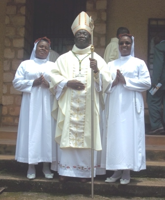 Mgr Agpitus & the two finally professed Passionist sisters